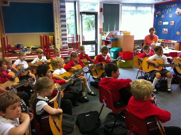 Whole Class Guitar lessons with Notts Music Hub