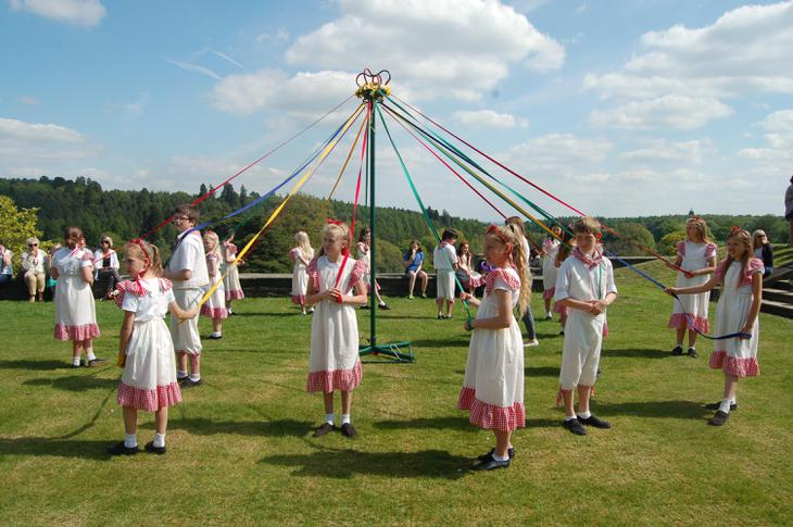 Yrs 5 & 6 Maypole Dance.