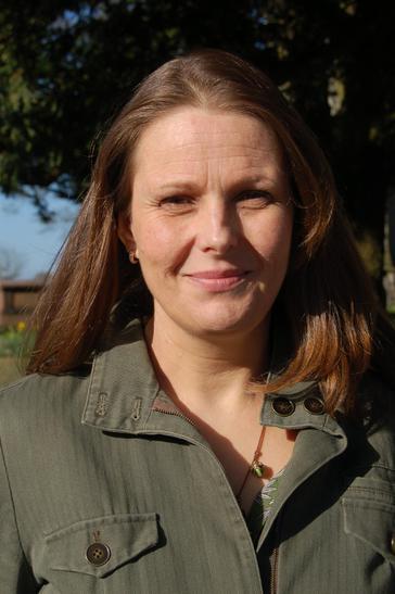 Ms. Perry-Smith - Singing Teacher & Choir