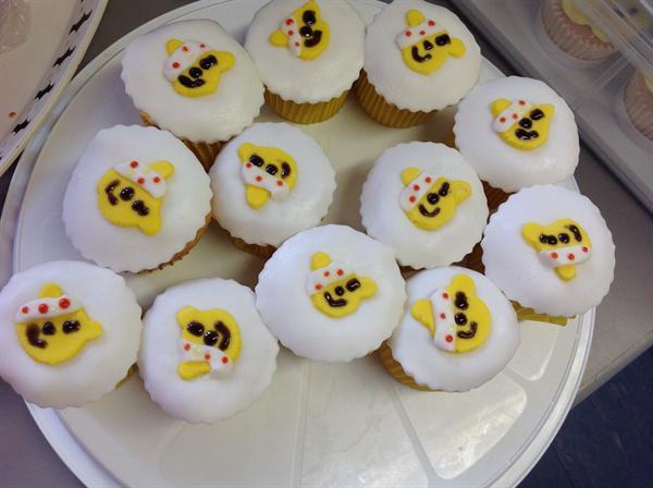 Children in Need cake sale 2015