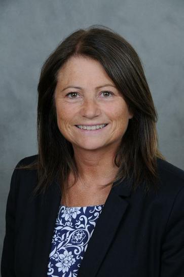 Ms Simpson ~ Asst Headteacher & Class 5 Teacher