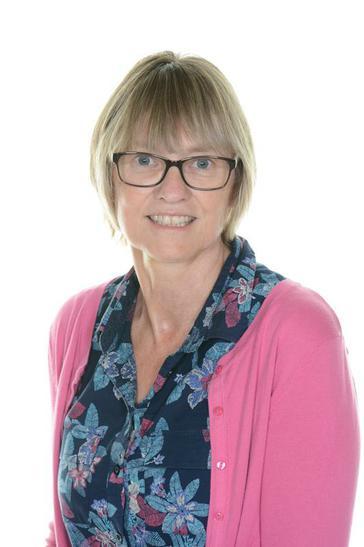 Mrs Brown ~ Senior Midday Supervisor & TA