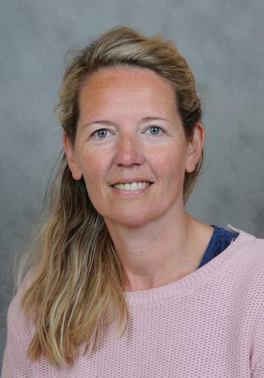 Mrs Longyear ~ Midday Supervisor