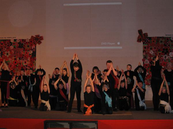 Y5 and Y6 Dance Festival QEGS              s