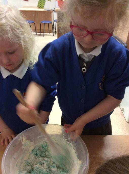 Zara added the flour in.