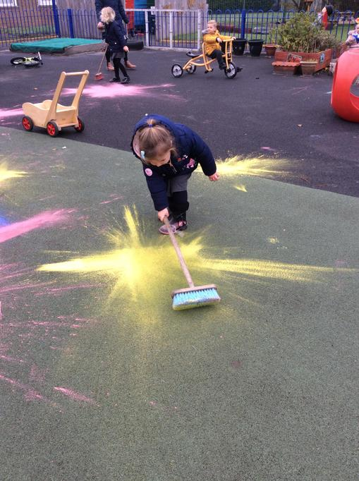 Robyn's yellow firework.