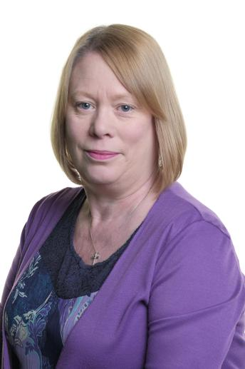 Mrs Hillen, Administrative Assistant
