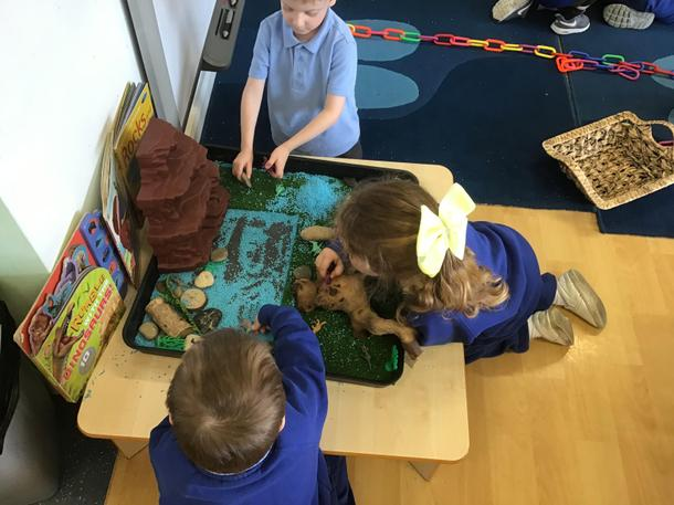 Playing together- small world dinosaur play- ROAR