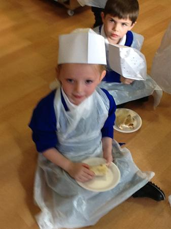 Little chefs - Making healthy wraps