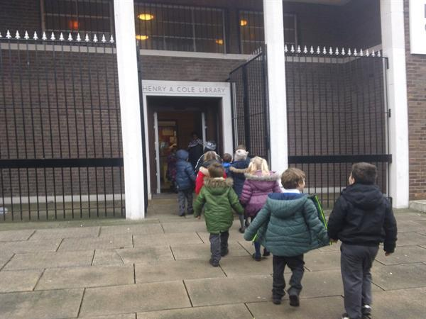 2S visit Norris Green Library.