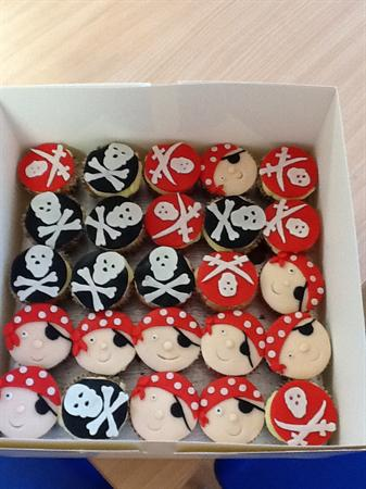 Our delicious pirate cup cakes.
