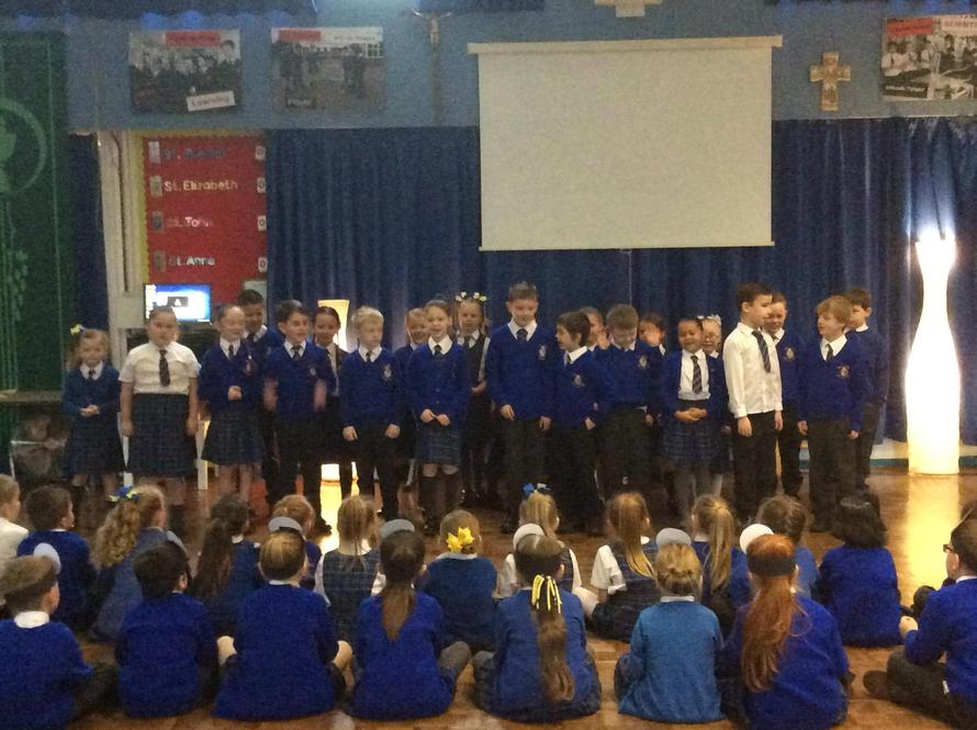 Year 3 performed 'The Sound Collector.'