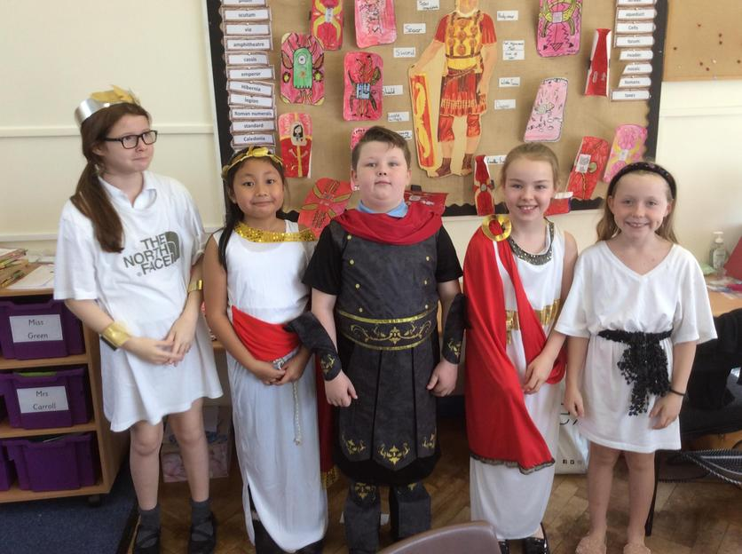 Year 4 dressed up as Romans to celebrate the end of their 'I am Warrior' topic.