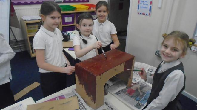 Making a puppet theatre