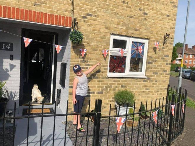 Vinnie's house is VE Day ready!