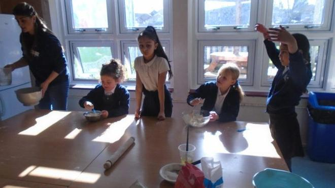 Year 3/4 pupil/parent presentation& cookery