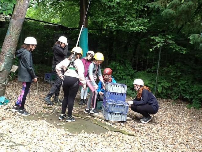 Crate Stacking