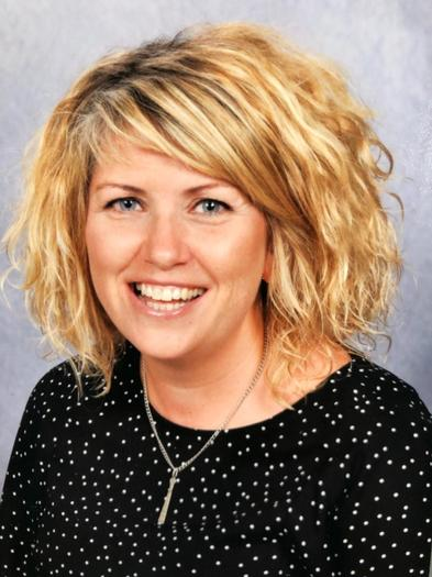 Miss H Roberts Dirprwy Bennaeth/Deputy Headteacher