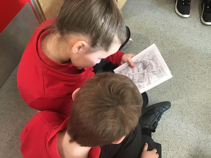 Reading the Seren and Sbarc comic