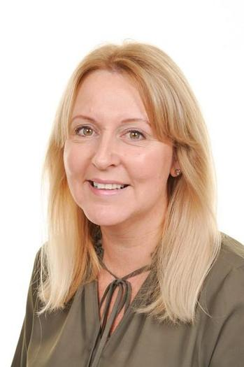 Mrs S Hughes Meithrin rhan amser/PT Nursery leader