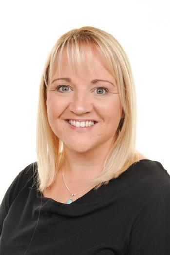 Miss A Davies Meithrin Llawn / FT Nursery leader