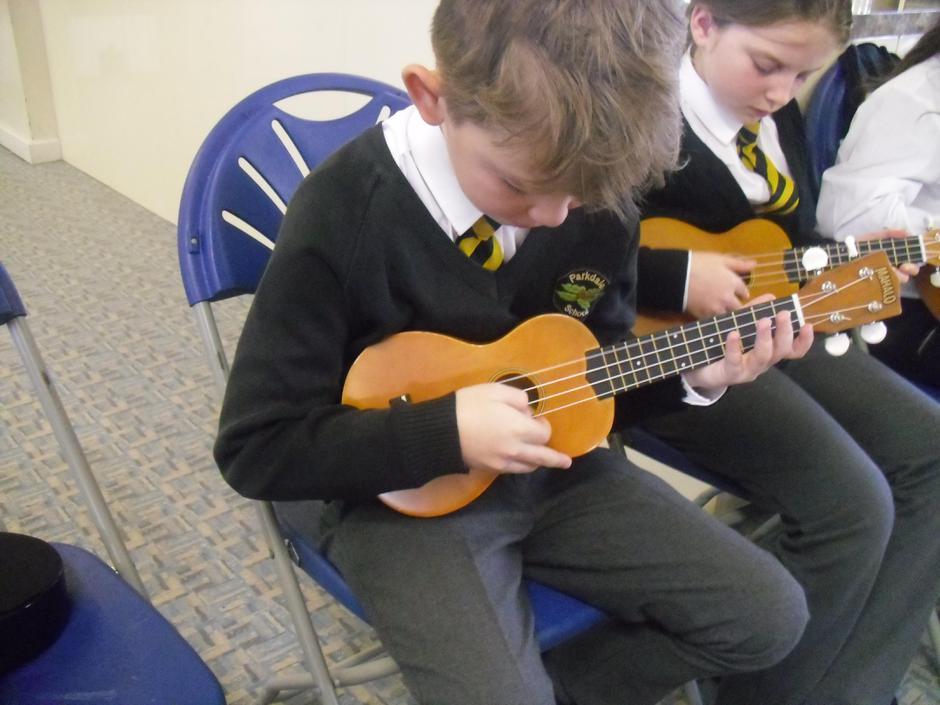 Y5 learning the skills of the ukulele