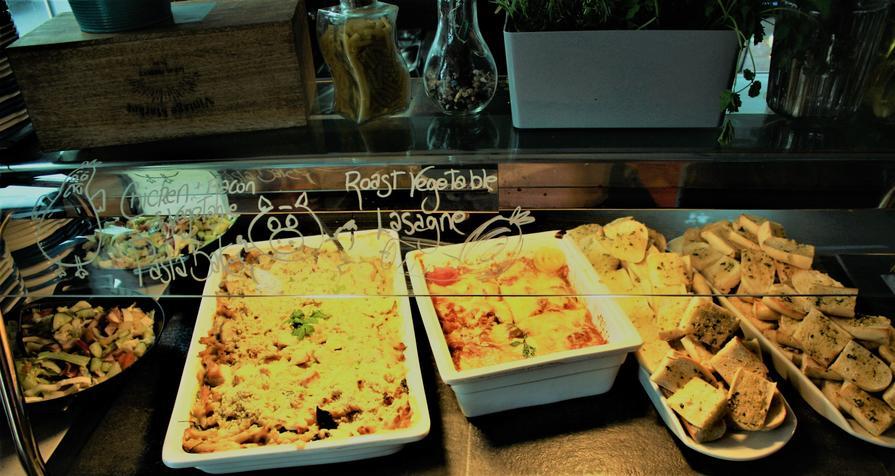 Week 2 Monday Veggie Lasagne with Garlic Bread