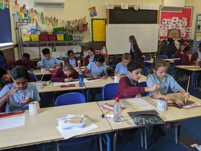 Sharing ideas between schools