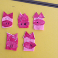 Finger puppet pigs
