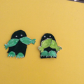Finger puppet frogs