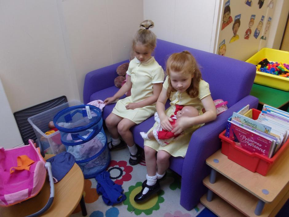 We enjoyes dressing the dolls