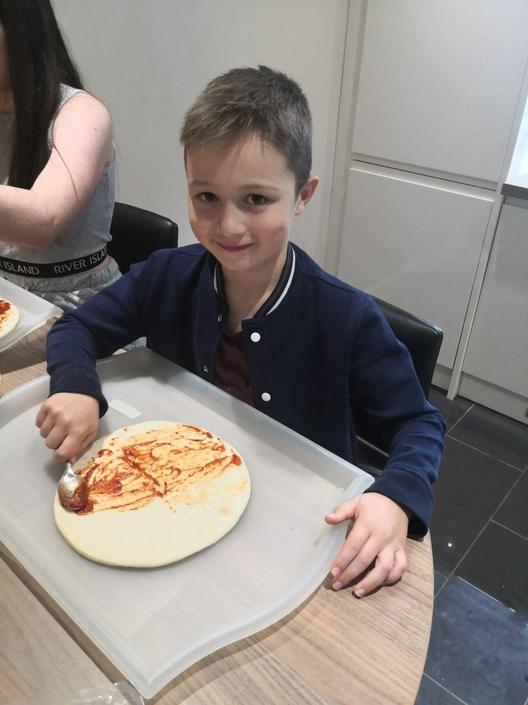 Harry is getting creative with his pizza
