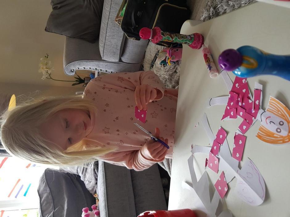 Making paper dolls