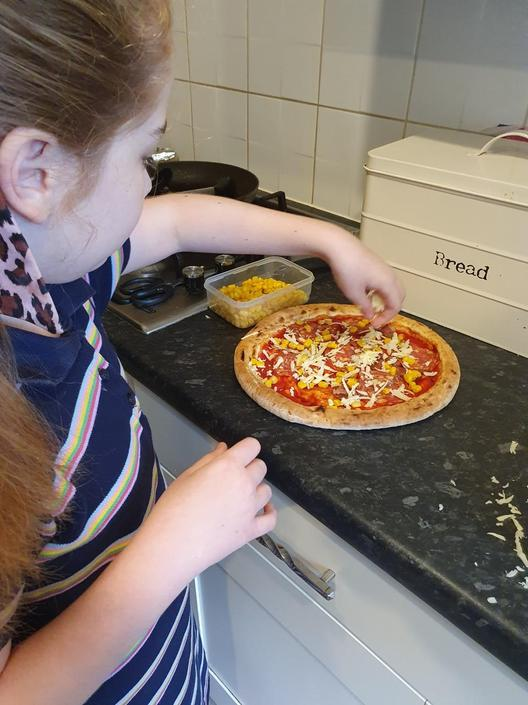 Maise has made a fabulous pizza...