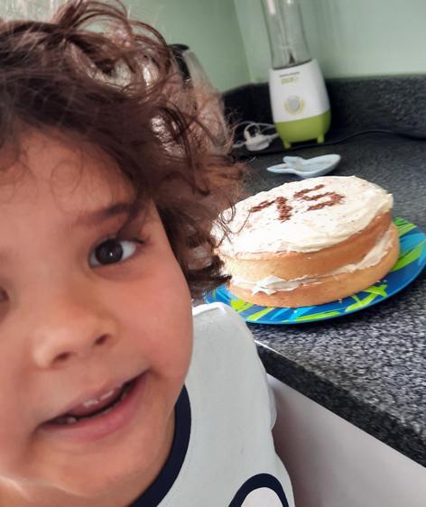 Rafferty made a yummy cake ⭐️