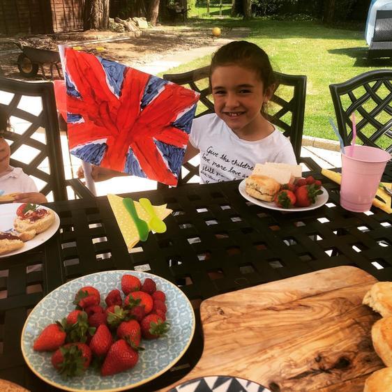 Dahlia had a tea party in the garden on Friday⭐️