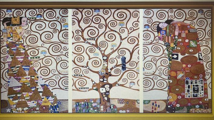 Gustav Klimt     The Tree of Life     1909