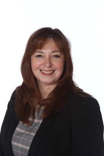 Mrs.H.Bennett ( Headteacher)