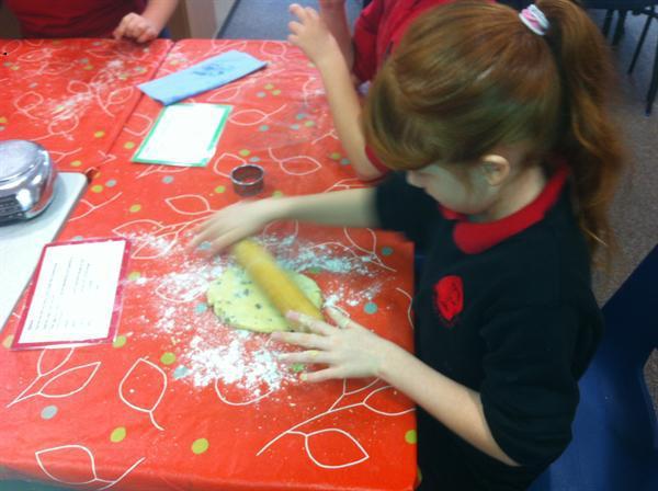 Cake makers hard at work!