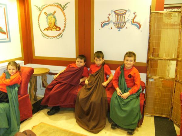 Enjoying a Roman Feast