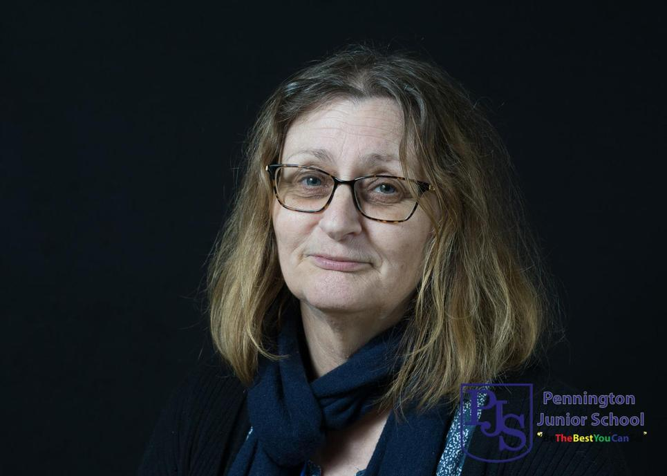 Mrs Ziapour - Kestrels Teacher