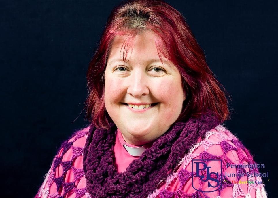 Rev Rachel Noel, Vicar
