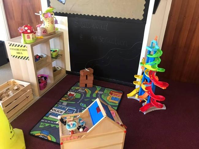 The small world and construction area in the oak room