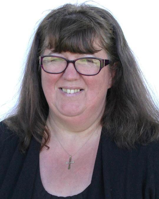 Mrs Staple