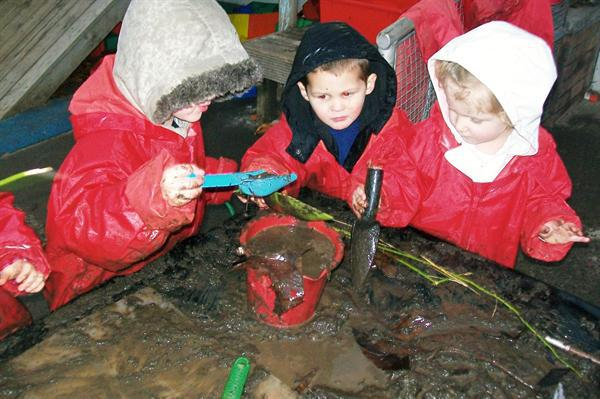 We made patterns in the mud!