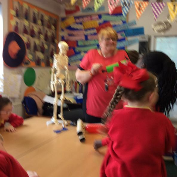 "Mrs Evans and ""Sue the skeleton!"""