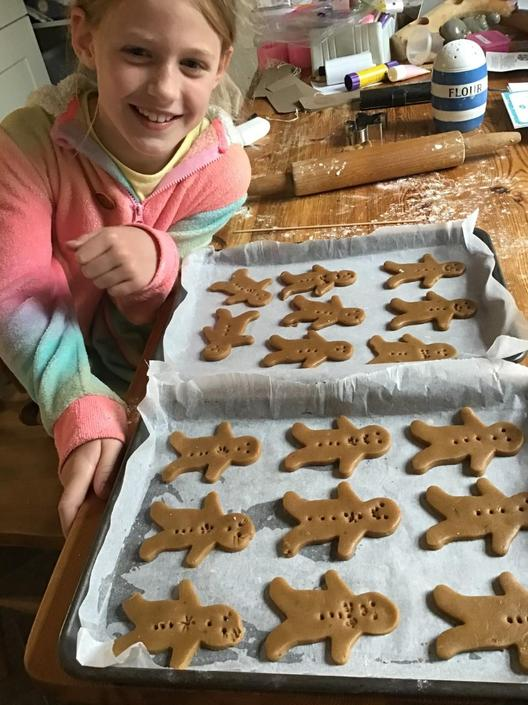 Edie with all her gingerbread men!