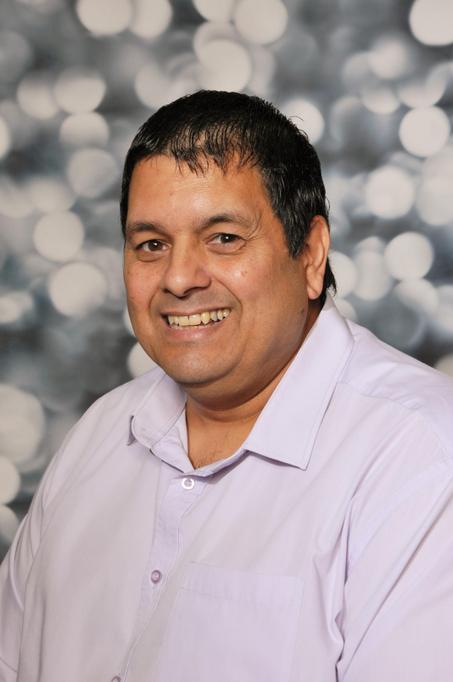 Mr Bowler - IT Consultant