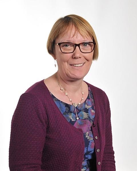 Mrs Michelle Robertson      Supply Teacher