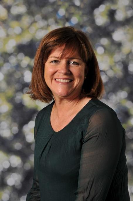Mrs Ruth Perchinelli   Nursery Assistant